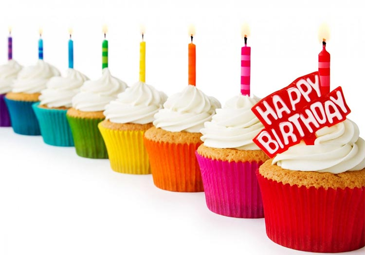 Birthday Email Stationery Stationary Cup Cakes Wishes